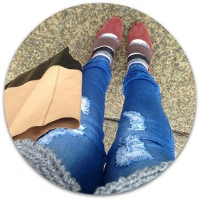 Kimba Likes Casual Chic with a Twist   sharing my casual style for cheerful socks