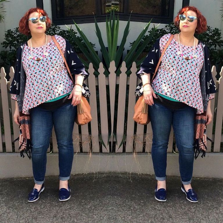 How to dress with a bloated tummy with style tips and tricks #kimbalikes #fashioncamouflage kimbalikes.com