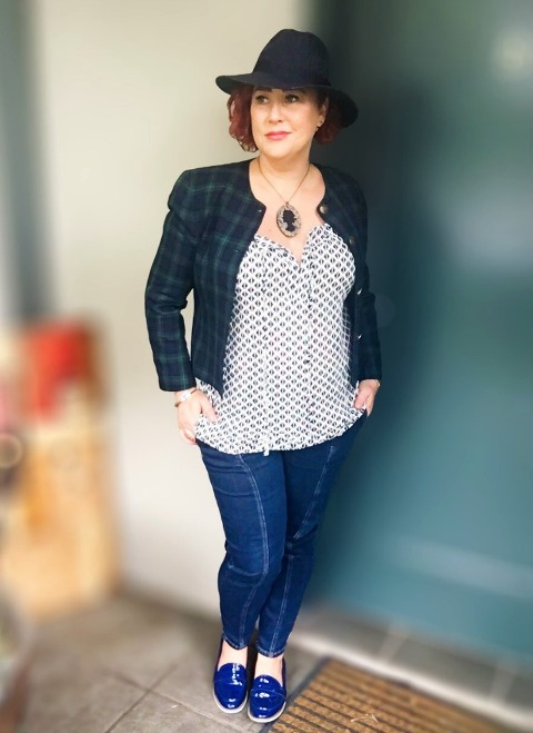 Kimba Likes SPIN the PIN with iCurvy - wearing All About Eve hat, Passion Q blouse, vintage Sportscraft tartan jacket, JPG for Target jeans and Next from EziBuy loafers